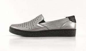 Półbuty damskie Slip-on Pollonus 5 1044 003 srebro metal